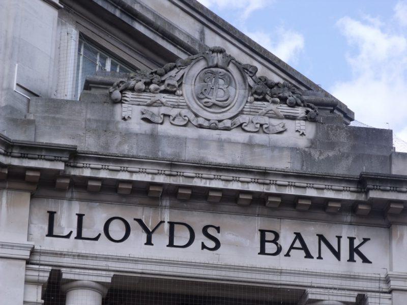 """Jungtinė Karalystė nebėra didžiausia """"Lloyds Bank"""" akcininkė"""