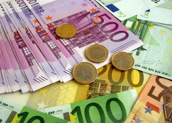 Atgailaujantis vagis grąžino senolei 20 tūkst. eurų