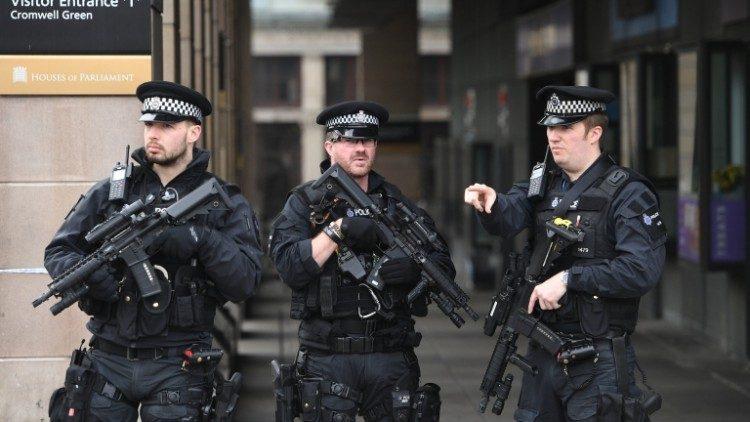 D. Britanijos pareigūnai sulaikė žmonių prekyba įtariamą lietuvį